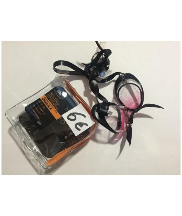 Gafas suecas con silicona en el borde negro, rosadas